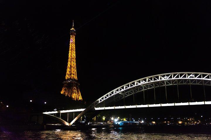 Paris Seine River Gourmet Dinner Cruise, Paris, FRANCE