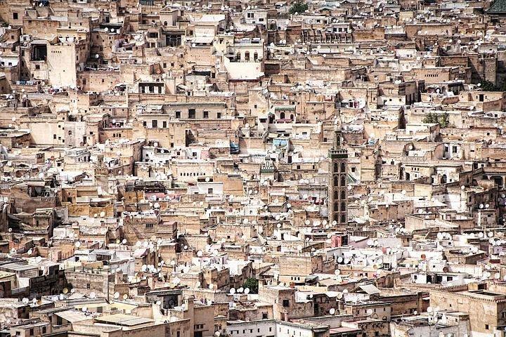 Exploring the old Fez Medina, Fez, MARRUECOS