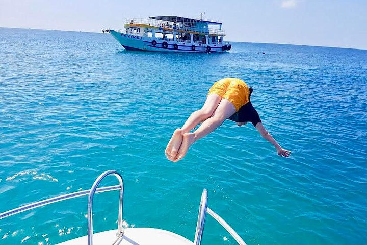 A private tour with Cable car & Boat trip to An Thoi islands, Phu Quoc, VIETNAM