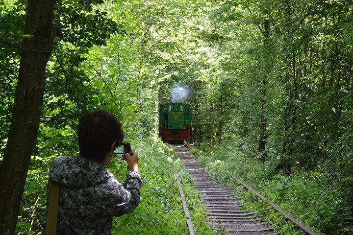 Full-Day Private Lutsk, Tarakaniv Fort, and Tunnel of Love Tour from Lviv, Leopolis, Ucrânia