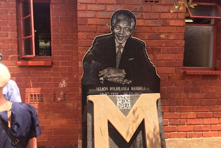 Soweto and Apartheid Museum Day Tour, ,