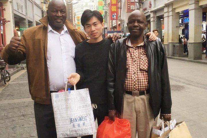 Shenzhen tour guide with car, Shenzhen, CHINA