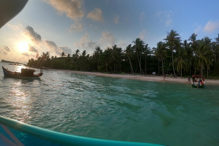 Private Panoramic view of South Phu Quoc and Snorkeling by speedboat, Phu Quoc, VIETNAM