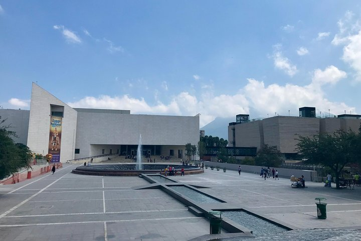 Monterrey Highlights with a Local, Monterrey, Mexico
