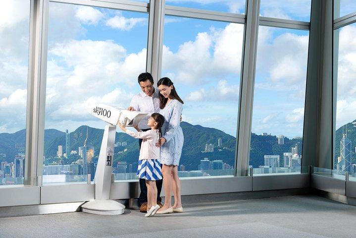 sky100 Weekday Brunch Package [F-DP_WD_1] at Café 100 by The Ritz-Carlton, Hong Kong, CHINA