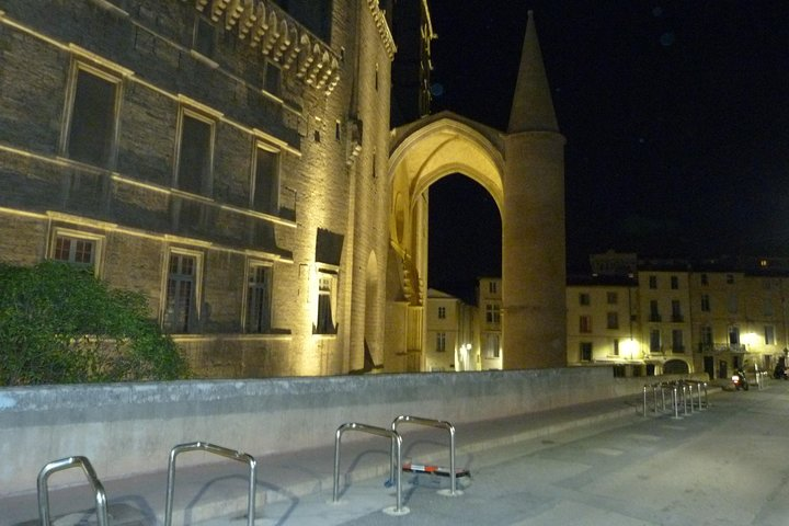 Private Montpellier Ghost Tour: Haunted City Center Exploration Game, Montpellier, FRANCIA