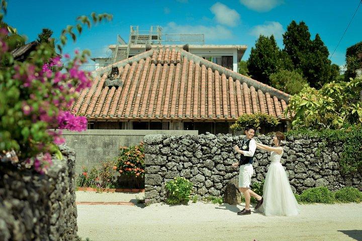 Pre-wedding & Family portrait photos in Ishigaki beach, Ishigaki, JAPAN