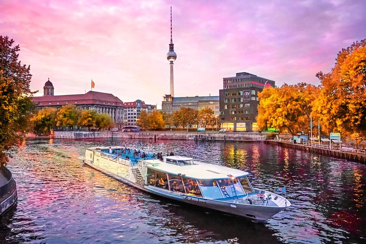 Berlin 1-Hour Sightseeing Cruise with Audioguide, Berlin, GERMANY