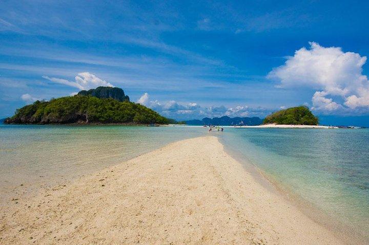 Phi Phi + 4 Islands Avoid the Crowds Tour From Krabi, Krabi, Thailand