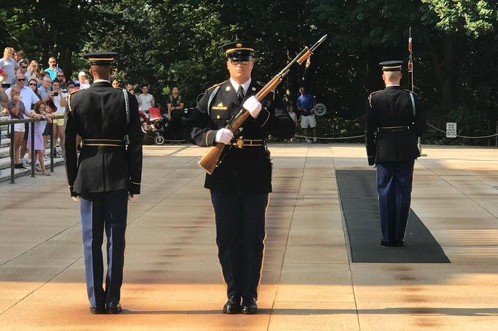 Private US Army and Pentagon Tour in Washington DC by Luxury Car, Washington DC, ESTADOS UNIDOS