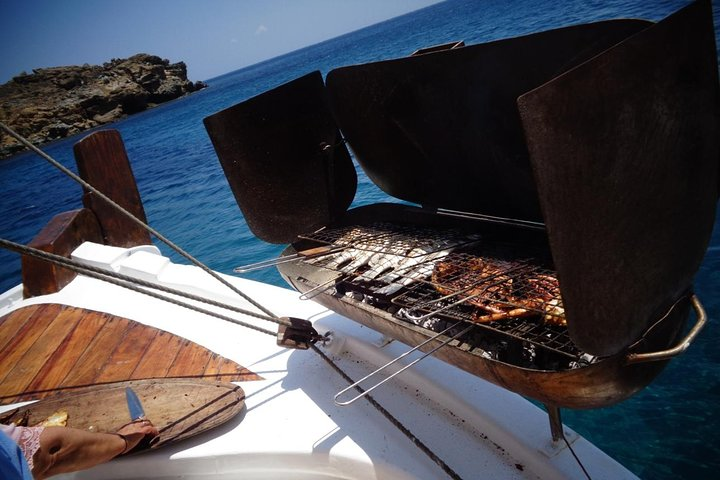 The Authentic Rhenia-Delos Cruise, Miconos, GRECIA
