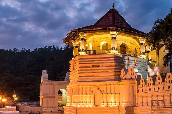 Adventures of the Last Kingdom of Sri Lanka, Colombo, Sri Lanka
