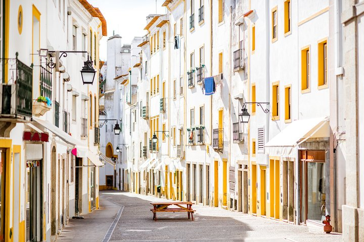 Évora Full Day Private Tour from Lisbon with Lunch and Wine Tasting, Lisboa, PORTUGAL
