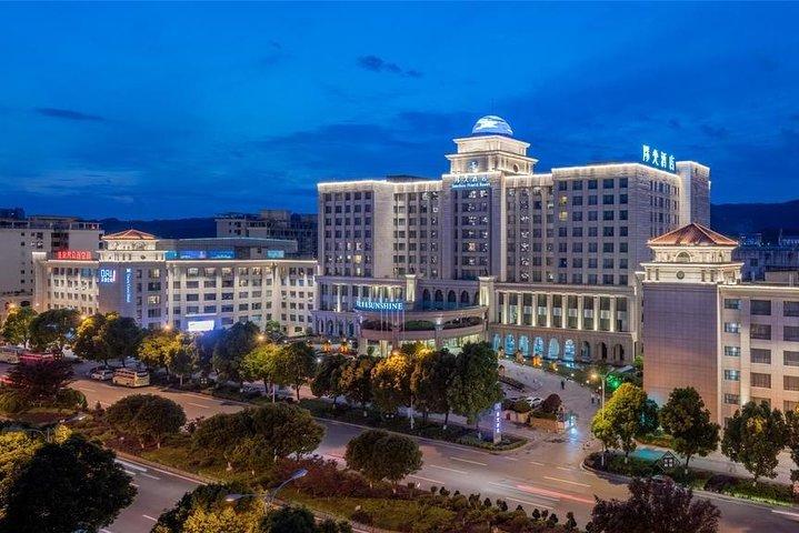 4 Days Zhangjiajie Nature Tour&Chatting with University Students (5-star Hotel), Zhangjiajie, CHINA