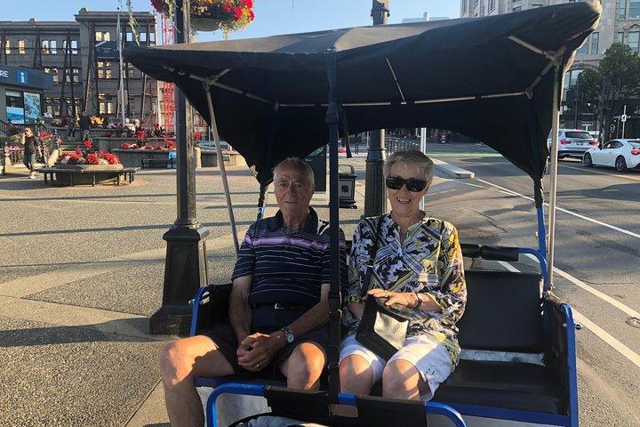 Chinatown and Hidden Alleys Pedicab Tour, Isla de Vancouver, CANADA