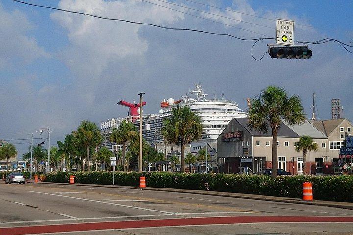 Book Black Car from Houston to Galveston, IAH Airport Houston to Galveston, Galveston, TX, ESTADOS UNIDOS
