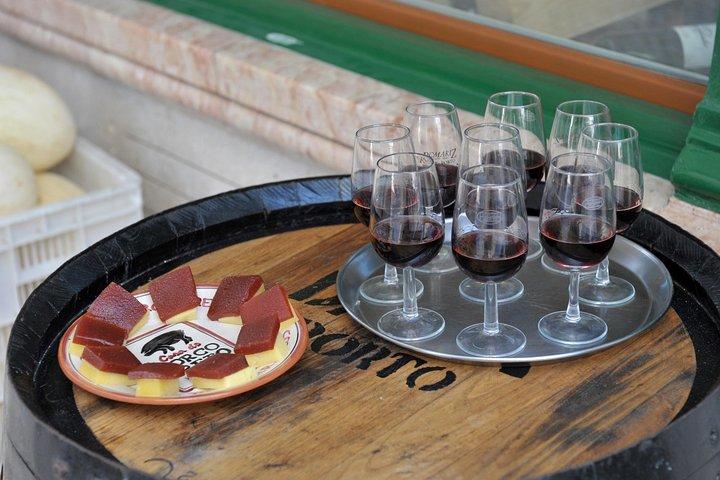 Lisbon Small-Group Portuguese Food and Wine Tour, Lisbon, PORTUGAL
