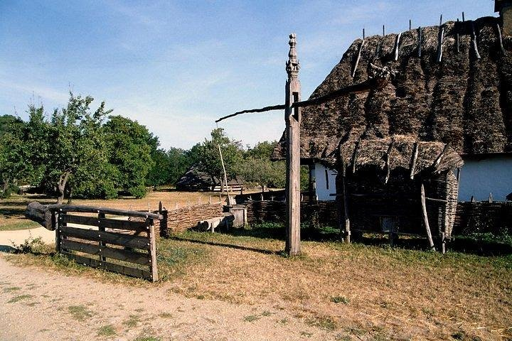 Visit the Open Air Folkmuseum near Budapest on a guided private tour with entry!, Szentendre, HUNGRIA