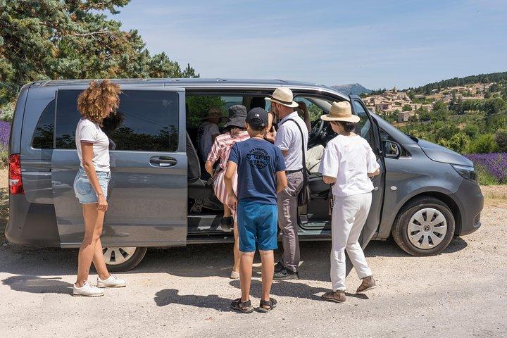 Avignon to Marseille Airport Private Departure Transfer, Marsella, FRANCIA