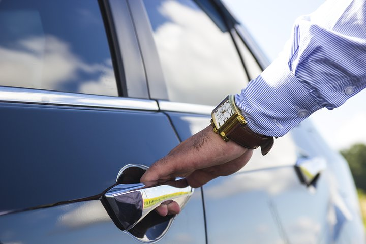 IND -Indianapolis One Way Airport Xfer to/fr Your Hotel in a Chauffeured Sedan, Indianapolis, IN, ESTADOS UNIDOS