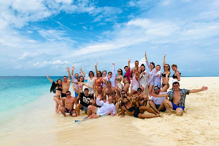 Phi Phi Day Tour with Seaview Lunch, Phuket, Tailândia