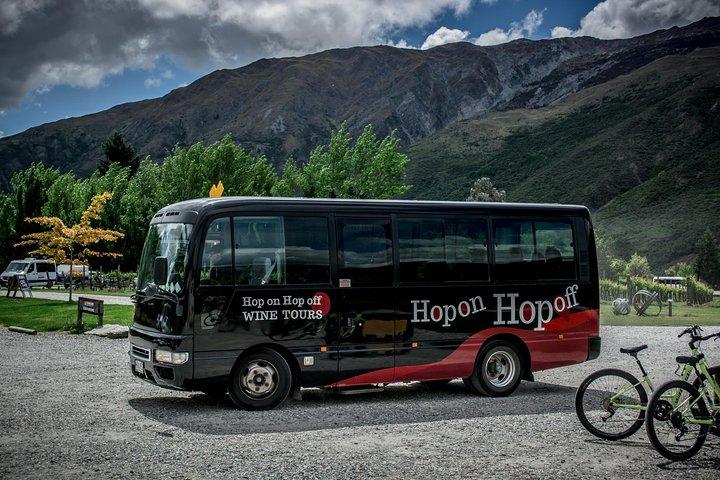 Hop on Hop off Wine Tours Marlborough, Blenheim, New Zealand