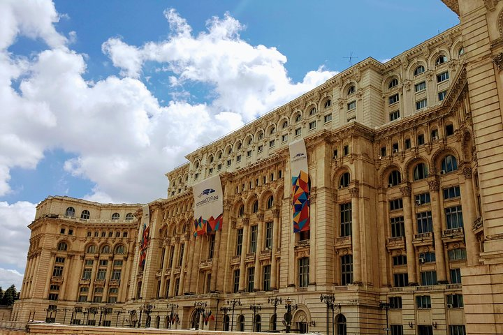 Recorrido sobre el comunismo en Bucarest, Bucarest, RUMANIA