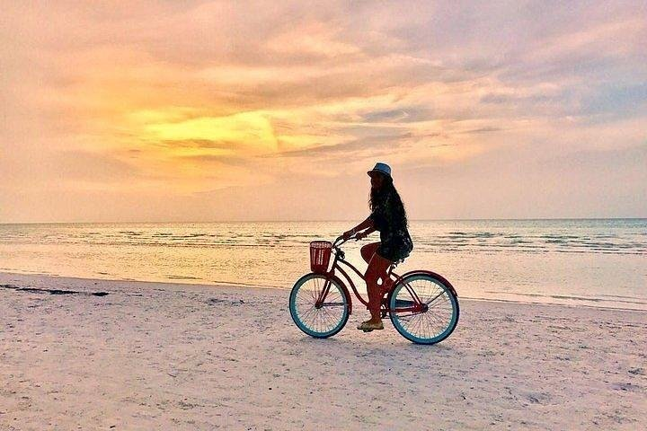 Tour Holbox - Two Island & One Cenote, Cancún, MEXICO