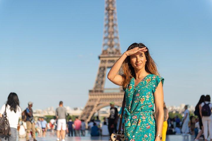 Eiffel Tower Dinner Experience & Sightseeing Seine River Cruise, Paris, FRANCE
