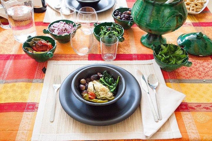 Lunch or dinner and cooking demo at a local home in Alberobello, Alberobello y Locorotondo, ITALIA
