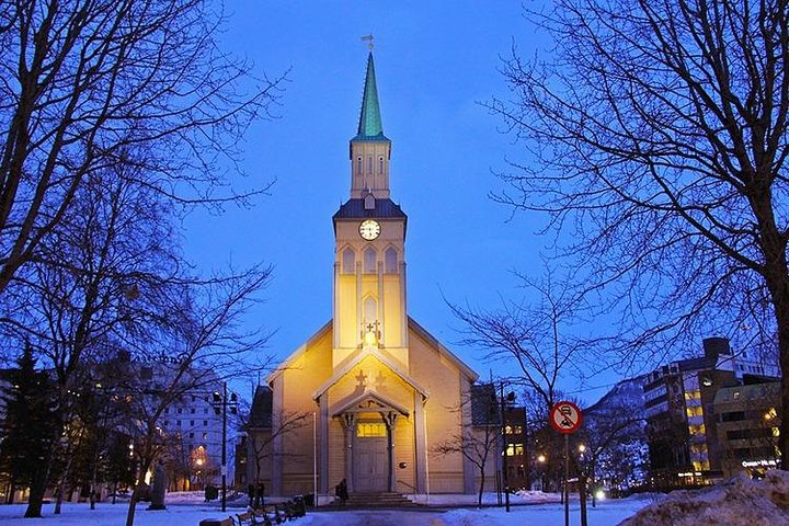 Move Anywhere with a Private Taxi in Tromso with Convenience (To or From Hotel), Tromso, NORUEGA
