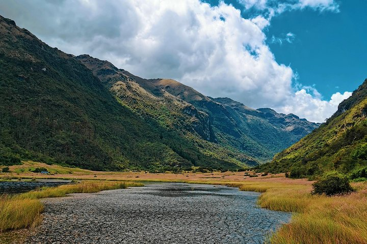 Hike El Cajas - Beyond the Common Trail, Cuenca, ECUADOR