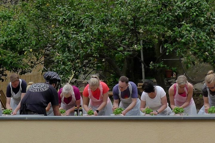 A cooking class in Cinque Terre: pesto and fresh pasta, with a final tasting, Cinque Terre, Itália