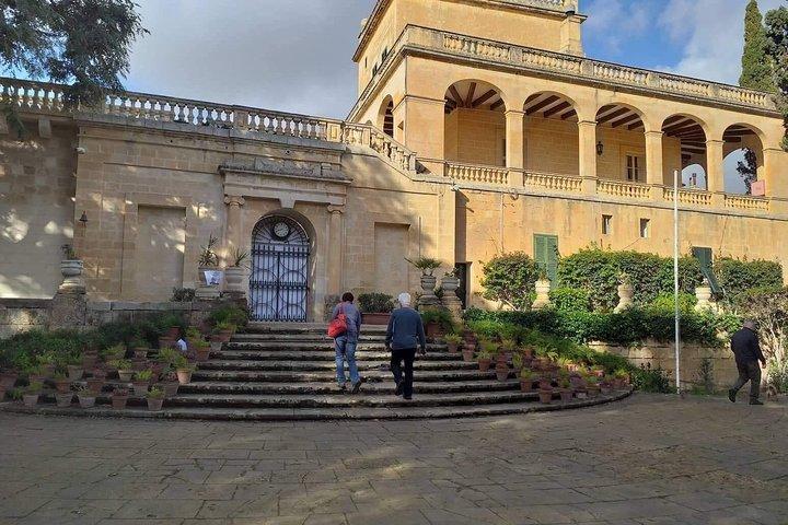 Full Day Tour in Malta (Driver) including The Malta Experience + Lunch, La Valeta, MALTA