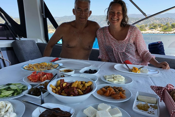 Sailing Day Tour with skipper and private chef in Kas Islands, Kas, TURQUIA