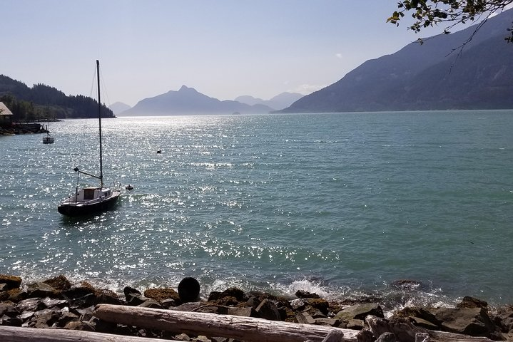 Guided Sightseeing Tour in Vancouver, Shannon Falls and Whistler, Vancouver, CANADA