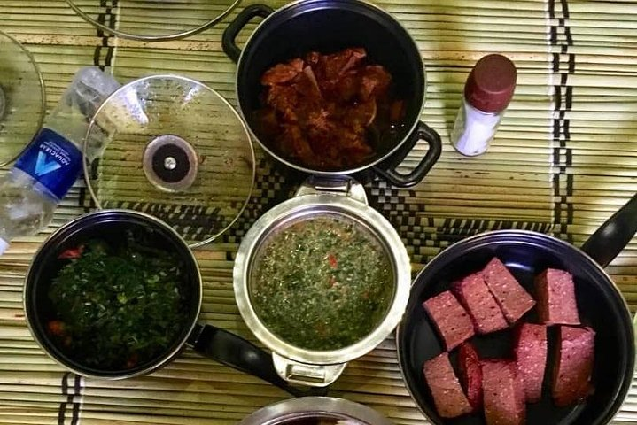 Experience Traditional Zambian Dining With The Locals, Livingstone, Zimbábue