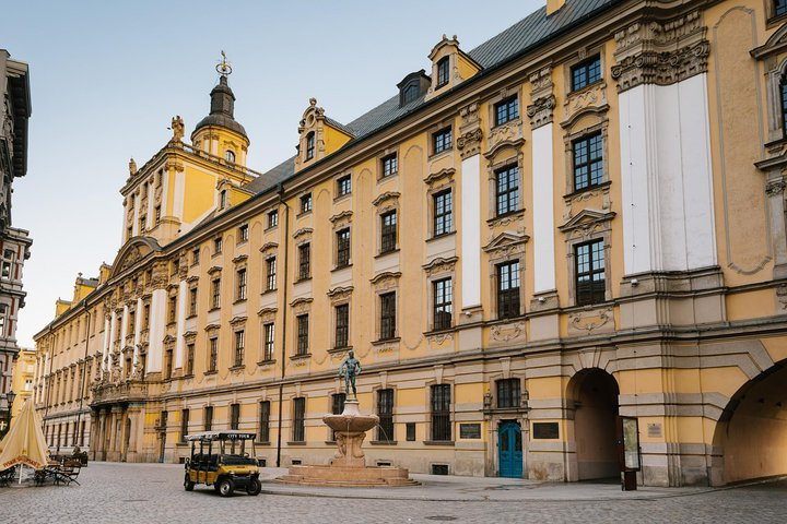 2-Hour Wroclaw Sightseeing Tour by Electric Car with a Guide, Wroclaw, Poland