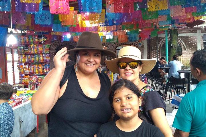Conociendo Tepoztlan (Pueblo Mágico) y Trekking a zona Arqueológica, Cuernavaca, MEXICO