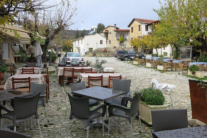 The Grape Escape: Troodos Mountains thru Wine Small Group Tour 6hrs, Larnaca, CHIPRE