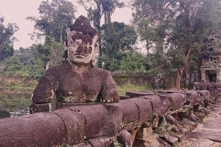 Siem Reap Private Tour: Two-day Angkor Temples with Countryside, Siem Reap, CAMBOYA
