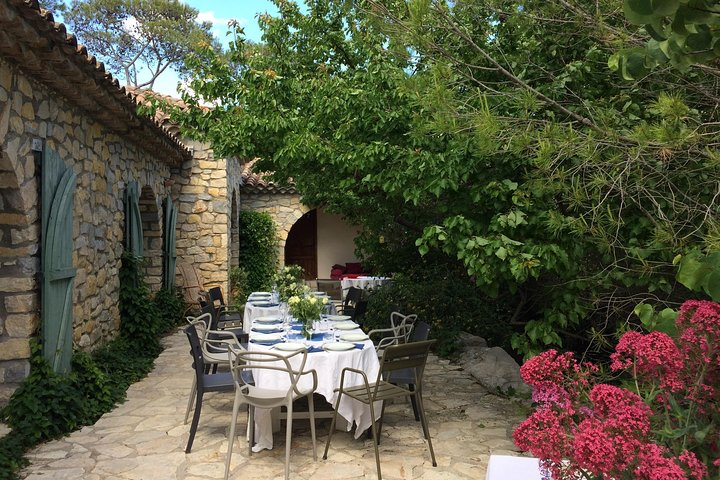Tailor made private tour from Montpellier, Montpellier, FRANCIA
