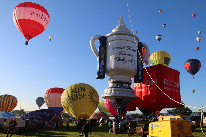 Hot Air Balloon Flight from Wiltshire, Southampton, ENGLAND