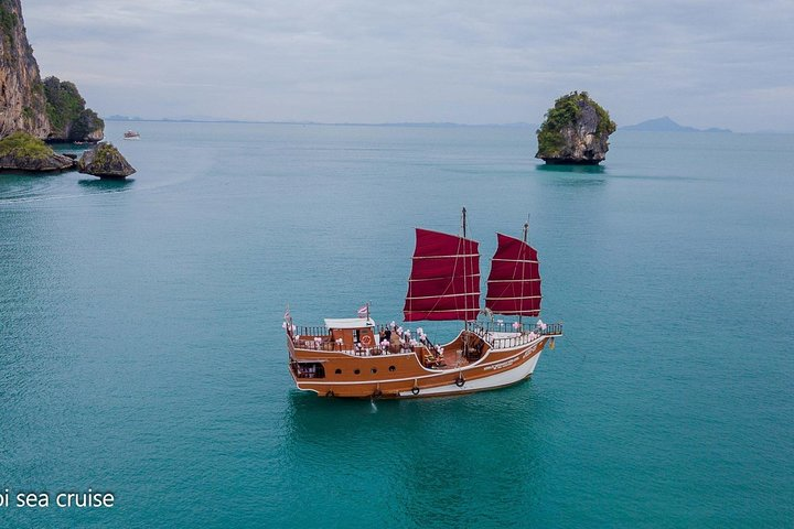 Romantic Sunset Cruise from Ao Nang with BBQ Seafood Dinner, Krabi, Thailand