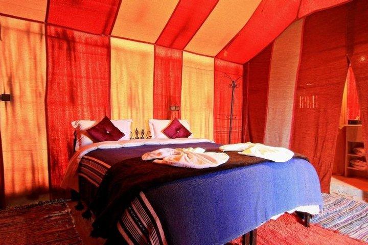 1 Noche en campamento de lujo  Excursion Camel trekking, Fez, MARRUECOS