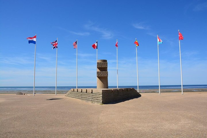 Canadian Landing Beaches Discovery from Paris, Paris, FRANCIA