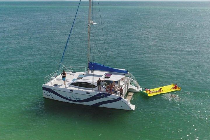 Fraser Island & Dolphin Sailing Adventure, Fraser Island, Austrália