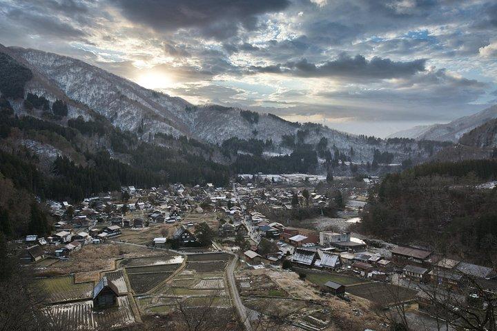 Gokayama and Shirakawago full day tour with professional photographer, Kanazawa, JAPON