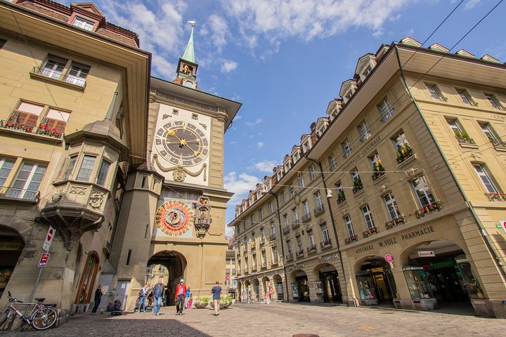 Instagrammable Places of Bern with a Local, Berna, SUIZA