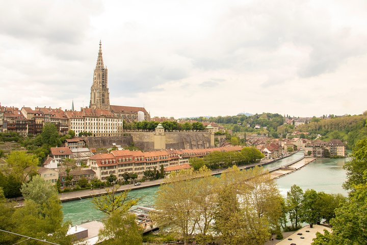 Historical Walk of Bern with a Local, Berna, SUIZA